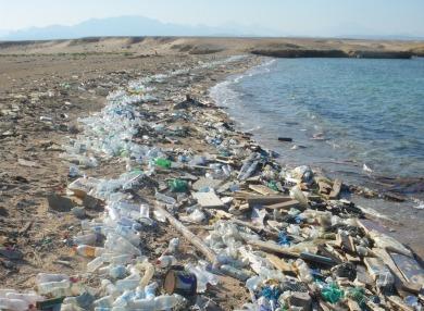 Plastik_Beach